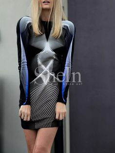 Multicolor Long Sleeve V Back Dress 22.99