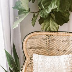 What's the first thing you do every morning? I'll go first. Every morning I start with a gratitude ✨practice. I love this so much because it starts my day off on the best note possible. Boho Bedroom Decor, Bohemian Decor, Bohemian Soul, First Apartment Checklist, Apartment Decorating On A Budget, Decorating Blogs, Interior Decorating, Boho Dekor, Earthy Color Palette