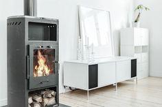 #Grünerløkka #Oslo #Scandinavian #fireplace Oslo, Scandinavian, Home Appliances, Real Estate, Montana, Fire, Inspiration, Festivus, Rome