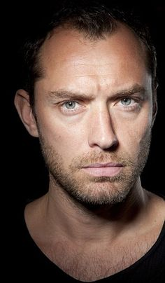 Jude law is set to star at Henry V after finishing his run in the West End production of Hamlet