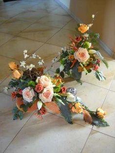 Cemetery Flowers, Wedding Bouquets, Floral Wreath, Wreaths, Bride, Decor, Boyfriends, All Saints Day, Rustic