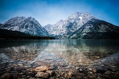 Grand Teton National Park, Yellowstone National Park, Moon Wallpaper, Places To Travel, Places To See, Jackson Hole Wyoming, Hidden Places, Looks Cool, Travel Usa