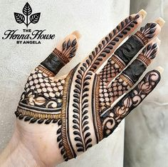 Best Indian Mehndi Designs - Mehndi or Henna is a form of body art based on dyes prepared from the plant called Lawsonia inermis. Finger Henna Designs, Indian Mehndi Designs, Mehndi Designs For Beginners, Modern Mehndi Designs, Mehndi Designs For Girls, Mehndi Design Pictures, Wedding Mehndi Designs, Mehndi Designs For Fingers, Henna Tattoo Designs