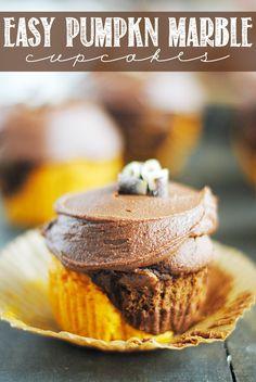 Easy Pumpkin Marble Cupcakes
