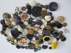 Lot of Buttons Vintage Now Over 180 6 oz Plastic Metal Covered Art Crafts Scrap
