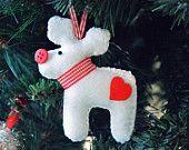 PDF Renna di Babbo Natale #Christmas #diy #handmade #craft #heart #reindeer #felt