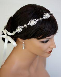 Vintage pearls wedding head band  so pretty especially in dark hair