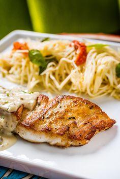 Substitua a massa: faça um filé de peixe com espaguete de pupunha
