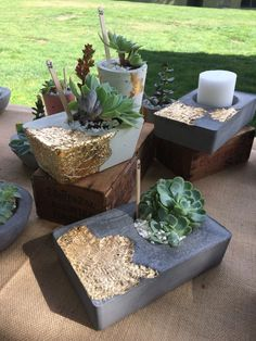 projects with cement Gold leaf on concrete . - Gold leaf on concrete . Cement Art, Concrete Crafts, Concrete Projects, Concrete Planters, Concrete Bowl, Concrete Art, Concrete Garden, Concrete Light, Gravel Garden