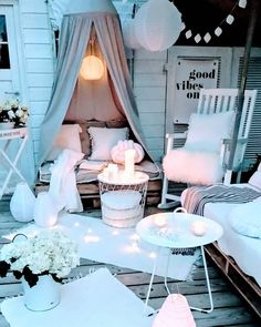 SUMMER NIGHTS Interior pieces for unforgettable summer nights Summer is Balkon Garten Westwing Small Balcony Decor, Outdoor Balcony, Outdoor Carpet, Balcony Furniture, Diy Outdoor Furniture, Backyard Patio Designs, Back Patio, Dream Rooms, My New Room