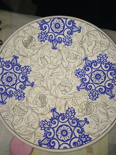 By İsmail yiğit Turkish Design, Turkish Art, Mandala Drawing, Mandala Painting, Tile Patterns, Pattern Art, Art Basics, Arabic Pattern, Pottery Designs