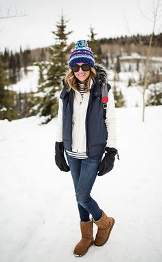 The 3 Stylish Snow Essentials You Need (Hello Fashion) - Winter Outfits Cute Fall Outfits, Winter Outfits Women, Winter Fashion Outfits, Holiday Outfits, Autumn Winter Fashion, Winter Style, Winter Snow Outfits, Snow Style, Casual Winter