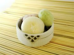 ice cream mochi balls