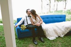 Retro aviation themed wedding  |  The Frosted Petticoat
