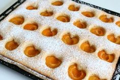 Fluffiger Marillenkuchen Rezept What You Eat, Bakery, Food And Drink, Pie, Sweets, Drinks, Desserts, Judo, Sweet Dreams