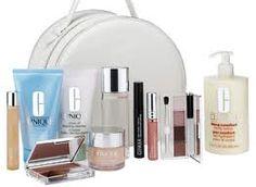 Makeup by clinique Clinique Reviews, Cool Things To Make, Make Up, Lotion, Makeup Gift Sets, Color Me Beautiful, Clinique Makeup, Deep, Makeup