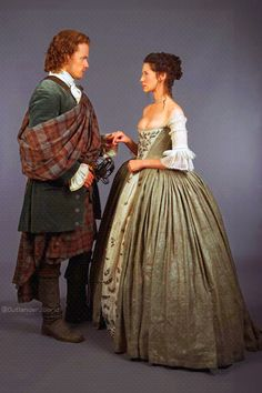 Outlander The Wedding Jamie & Claire Fraser Portraits