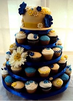 Blue and yellow cupcakes for wedding:)  PERFECTION |
