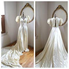 Art Deco 1940s Small Satin Ivory Wedding Dress, Long Train, Vintage Hollywood Glam Wedding Gown