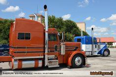 Peterbilt 389, Peterbilt Trucks, Show Trucks, Big Rig Trucks, Custom Big Rigs, Custom Trucks, Heavy Construction Equipment, Truck Paint, Cat Playground