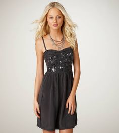 I want this dress - and I REALLY want an excuse to wear it!!