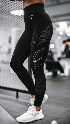 Gymshark Flawless Knit Tights – Black Gymshark Flawless Knit Tights – Black,Sport Outfits The Flawless Knit Leggings, Black. A fresh look for your staple workout favourite. Leggings Mode, Knit Leggings, Cheap Leggings, Printed Leggings, Mesh Leggings, Legging Outfits, Athleisure Outfits, Legging Sport, Sports Leggings