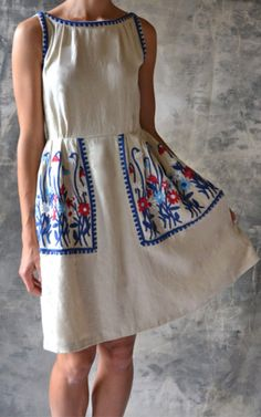 Fit & flare off-white linen dress embroidered with folk-inspired floral motifs. Embroidery Fashion, Embroidery Dress, Simple Dresses, Casual Dresses, Summer Dresses, I Dress, Dress Outfits, Mode Russe, Modest Fashion