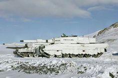 Norwegian Leopard 2 with winter Barracuda