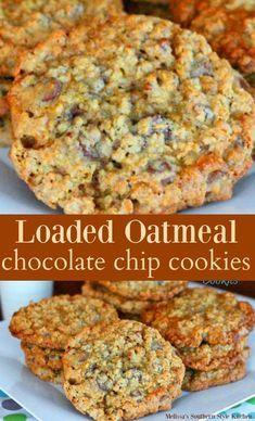 Loaded Oatmeal Chocolate Chip Cookies Snaks, Oatmeal Chocolate Chips, Oat Chocolate Chip Cookies, Chocolate Toffee, Brownie Cookies, 3 Dozen Chocolate Chip Cookie Recipe, Yummy Cookies, Cake Cookies, Granola Cookies