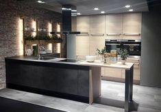 Realizacja miesiąca: najlepsza kuchnia czerwca - kuchnieportal.pl Best Kitchen Designs, Cool Kitchens, Kitchen Island, Table, Furniture, Home Decor, Island Kitchen, Decoration Home, Room Decor