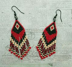 Crafts, beading, greeting cards, digital graphics, tutorials and more. Seed Bead Jewelry, Seed Bead Earrings, Diy Earrings, Crochet Earrings, Seed Bead Patterns, Beaded Jewelry Patterns, Beading Patterns, Beaded Earrings Native, Fringe Earrings