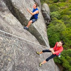 14 Date Ideas that Make You Move//Get Vertical: Go Climbing