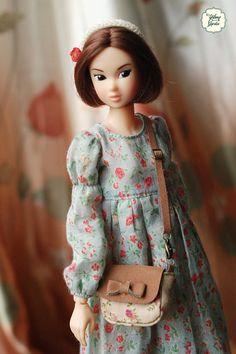 ♥ Condition: New  ♥ Measurement: (H)2.5cm x (W)3cm x (D)1cm  ♥ Package: 1 Bag    Please choose color when you order!    ♥ Doll suitable 1:6 scale