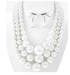 3 layered pearl set-white
