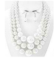 3 layered pearl set-white
