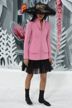 Chanel Spring 2015 via bliqx.net http://www.bliqx.net/chanel-spring-2015 couture/
