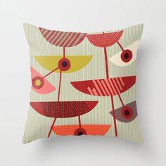 Slicer Pillow di JennSki su Etsy, $25.00