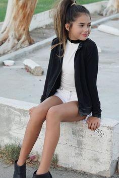 Khia Lopez Gray Things gray color under tongue Fashion Kids, Preteen Girls Fashion, Teenage Girl Outfits, Kids Outfits Girls, Cute Girl Outfits, Fashion Outfits, Fashion Clothes, Cute Little Girl Dresses, Beautiful Little Girls