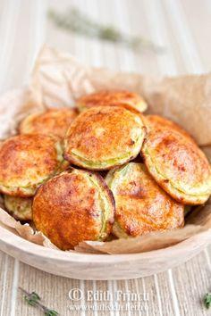 Pancakes (Dukan) tempura de calabacin al horno Lleva salvado Pancakes Dukan, Zucchini Pancakes, Fried Zucchini, Dukan Diet Recipes, Low Carb Recipes, Cooking Recipes, Healthy Recipes, I Love Food, Food Inspiration