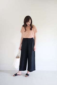 Style Bee - June 30x30 - Looks 12-15