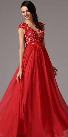 Elegant Red Lace Applique Evening Dress
