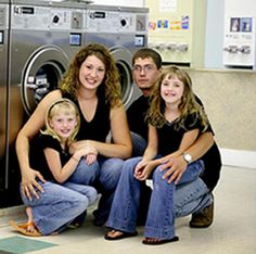 Funny Family Pictures - Bahaha @Laura Hanna here are some ideas for family pictures!