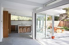 Classic Eichler renovated into a naturally-cooled home that blends indoors and out | Inhabitat - Green Design, Innovation, Architecture, Green Building