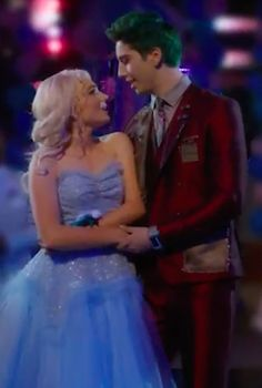 Just as expected, Zombies 2 includes so many iconic performances. The musical premiered on Disney Channel on Feb. Disney Channel Movies, Disney Channel Descendants, Disney Channel Stars, Disney Movies, Zed Wallpaper, Zombie Wallpaper, Chibi Kawaii, Meg Donnelly, Zombie Disney