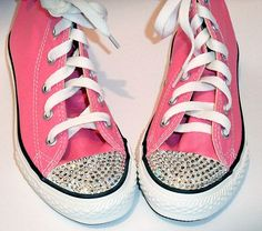 Adding Swarovski crystals to Converse boots or trainers is a great way to add some sparkle to your Christmas presents this year. A step by step tutorial guiding you through the process of crystallizing converse boots with Swarovski crystals. Tenis Converse, Converse Boots, Bling Converse, Bedazzled Shoes, Bling Shoes, Prom Shoes, Bedazzled Converse Diy, Wedding Shoes, Wedding Dresses