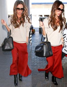 Mode Victoria Beckham, Victoria Beckham Outfits, Viktoria Beckham, Victoria Fashion, Office Outfits, Girly Outfits, Casual Outfits, Work Wardrobe, Fashion Colours