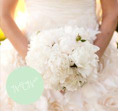 ein wunderschöner Brautstrauss in weiss
