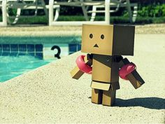 1000 images about little box people on pinterest amazon box pictures of and the box - Robot piscina amazon ...