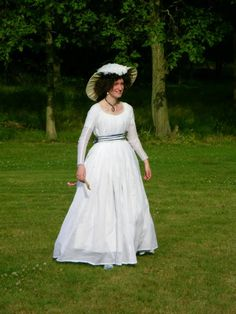 A Dedicated Follower of Fashion: 18thc: chemise gown