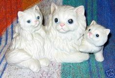 Homco Mother Persian and kittens figurine